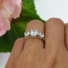 2 Ct Rundschliff Weißgold Diamant Echte Finish Verlobungsring 3-Stein-Design