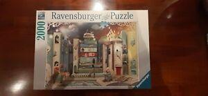 Ravensburger Novel Avenue 2000 piece puzzle No.16 463 9