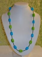 NECKLACE WITH GREEN BEADS AND BLUE BEADS