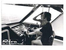 RIVA MOTOSCAFO SUMMERTIME POSTO GUIDA - FOTO PUBBLICITARIA ANNI 60/70 - 18x24 cm