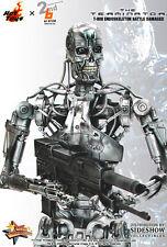 Hot Toys MMS The Terminator T-800 Indestructable Endoskeleton Battle Damaged