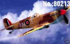 HobbyBoss Spitfire Mk Vb Trop RAF 417 + 249 Sqn 1:72 Modell-Bausatz NEU OVP kit