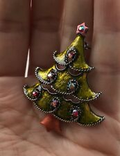 Vintage Style Christmas Tree Brooch Red stones