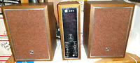 Vintage Toshiba 24A-550M Transistor AM/FM Radio with Speakers, Tested, NICE