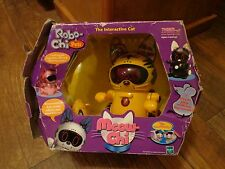 2000 TIGER ELECTRONICS / HASBRO-MEOW CHI THE INTERACTIVE CAT (LOOK)