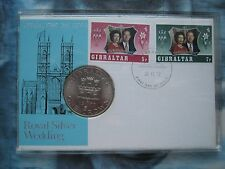 Gibraltar 1970 corona moneda Reina Elizabeth II Plata Boda Primer Día Cubierta Estuche