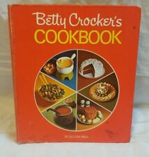 Betty Crocker's Cookbook Hard Cover 5-Ring Bound 1976 (26th Printing) (c)1969