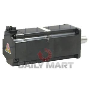 New In Box YASKAWA SGMJV-04A3A6C SGMJV04A3A6C Servo Motor