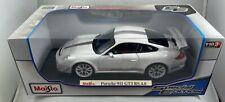 Maisto Porsche 911 GT3 RS 4.0, 1:18 Diecast Car (White), Special Edition