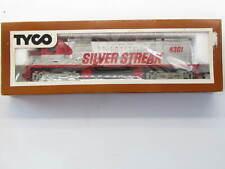 Vintage Tyco SILVER STREAK 4301 DIESEL Locomotive  SILVER - HO SCALE  W/Box