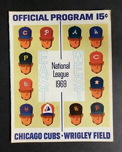 Chicago Cubs vs Atlanta Braves 1969 Baseball Scorecard - Hank Aaron Homerun