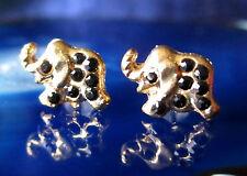 PENDIENTES AROS Elefante bañado en oro con cristal negro