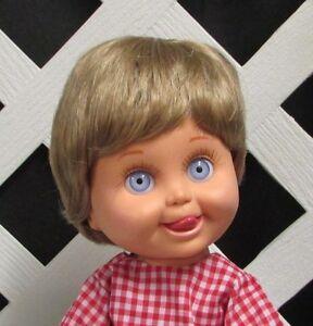 "Doll Wig Monique ""Johnny"" size 7/8 in BLONDE - (Unisex)"