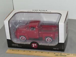 1956 FORD F-100 PICKUP TRUCK RED 1:25 DieCast MODEL First Gear 40-0414 NIB