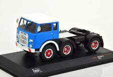 1:43 Ixo Fiat 690 T1 1961 blue/white