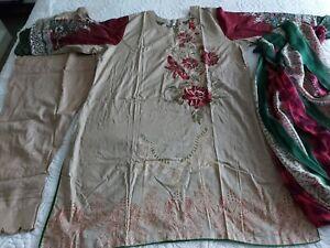 Pakistani Embrioded Lawn   STITCHED. Readymade xxl Shalwar Kameez