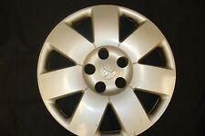 "16"" Mitsubishi Outlander wheel cover (hubcap) 2003-2006 Hollander #57571"