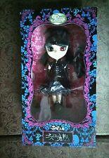 Pullip Gothic Lolita Red Eye Version