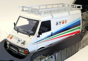 IXO Models 1/18 Scale 18RMCO60XE - 1980 Fiat 242 Technic Abarth Assistance