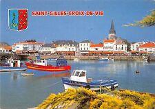BT4035 Siant Gilles Coris de Vie le port ship bateaux France