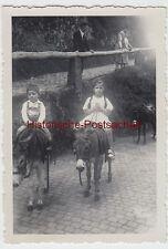(F7431) Orig. Foto Eisenach, Besuch der Wartburg, Aug. 1936, Kinder auf Eseln