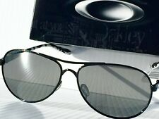 675eb68730 NEW  Oakley FEEDBACK Aviator Metallic Black Grey Iridium Womens Sunglass  oo4079