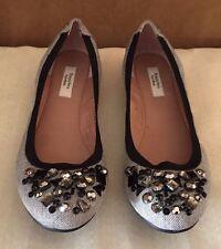 SIMPLEY VERA- VERA WANG Shoes Black/Grey Jeweled Slip On Pumps 12 M