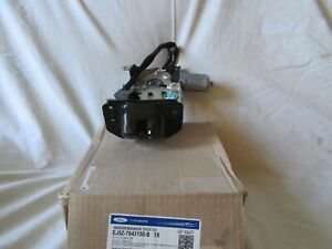 OEM.2014-16 FORD ESCAPE,2015-19 LINCOLN MKC TAILGATE LATCH.POWER.