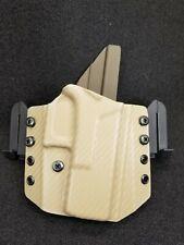 Kydex Holster, Glock 19 /19x /23/25/45 OWB  Carbon fiber FDE + OD Green