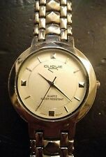 Vintage Clique ladies watch, running with new battery no Reserve