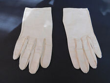 *VINTAGE  LADIES CREAM  LEATHER GLOVES  UNLINED SIZE 6.5