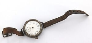 WW1 1915 QUALITY STERLING SILVER TRENCH WATCH + ORIGINAL LEATHER STRAP.