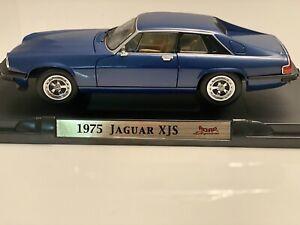 1975 Jaguar XJS Coupe Blue 1:18 Diecast As New Car 92658 Road Signature
