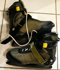 Ontario Mens IceSkates Size 44 or Us 11 Green with black trim Hockey ice skates