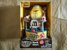 M & M Rock Star 2018 Mars I Play Music & Jam! NEW Yellow Drummer Figure Working