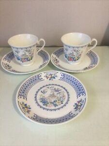 "ROYAL ALBERT ""SONGBIRD NEW ROMANCE""  2 Cups 2 Saucers 1 Side plate 8cm Tall -VGC"