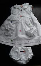 superbe robe blanche Catimini 6 mois avec culotte