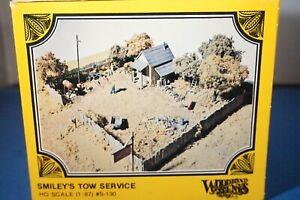 Woodland Scenics HO Kit Smiley's Tow Service