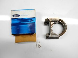 NOS 1995 - 2008 LINCOLN TOWN CAR 4.6L EXHAUST INLET PIPE CLAMP E3GZ-5A231-B NEW