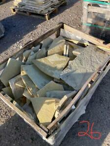 EM Yellow Mix Limestone Crazy Paving 11-13m2 22mm Calibrated