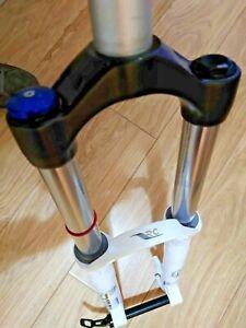 Rockshox Domain RC 180mm - White - 20mm Through Axle - 1.5 straight steerer -VGC