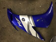 Yamaha YZF-R1 YZF R1 1000 04 05 06 OEM right side fairing panel blue