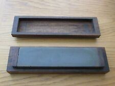 More details for rare vintage / antique sharpening / honing stone in fitted wooden case