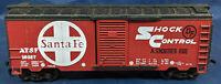 LIFE-LIKE: SANTA FE: ATSF 16927 SHOCK CONTROL. RED Box Car HO SCALE. Vintage.