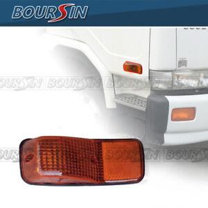 Side Door Lamp Marker For Nissan UD 1800 2000 2300 2600 3300 95-10 PassengerSide