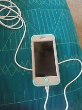 Apple iPod touch 5th Gen 32GB - Blue Good shape. Bundle