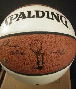 Spaulding Autographed Kobe Bryant Signature NBA Full Size Basketball
