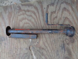 OEM Original Volvo 140 240 164 early jack with original label