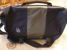 TIMBUK2 - NAVY-ARMY GREEN- Padded Laptop Messenger Commuter Bag-NICE