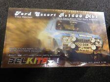 BELKITS statico di plastica modello di visualizzazione 1/24 SCALA mk1 ESCORT 1973 RAC Rally Vincitore